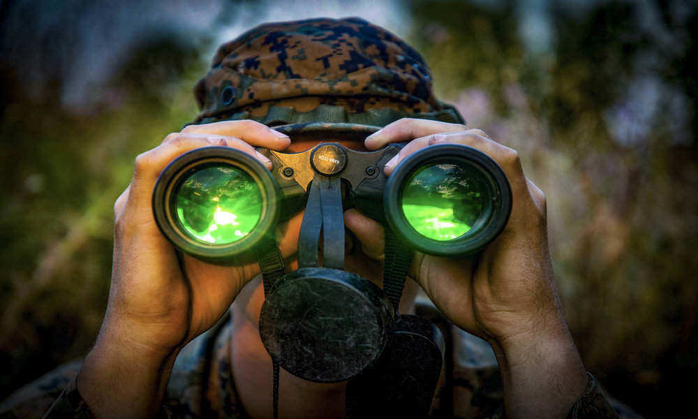 How to Pick Binoculars